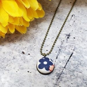New Handmade | Floral Fabric Button Necklace